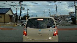 交差点 で 急ブレーキ どんくさい DQN 下手糞 女性 アルト ドライブレコーダー thumbnail