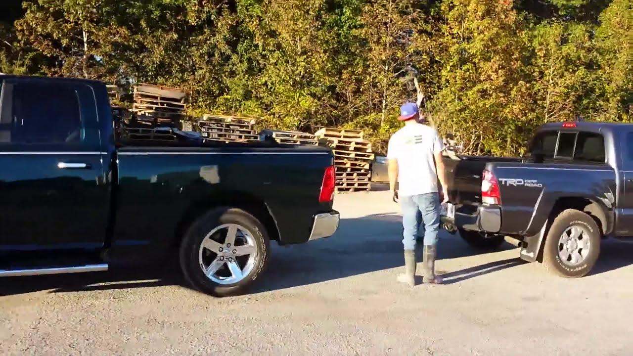 Ram Big Horn >> Truck pull Toyota Tacoma vs dodge ram big horn - YouTube