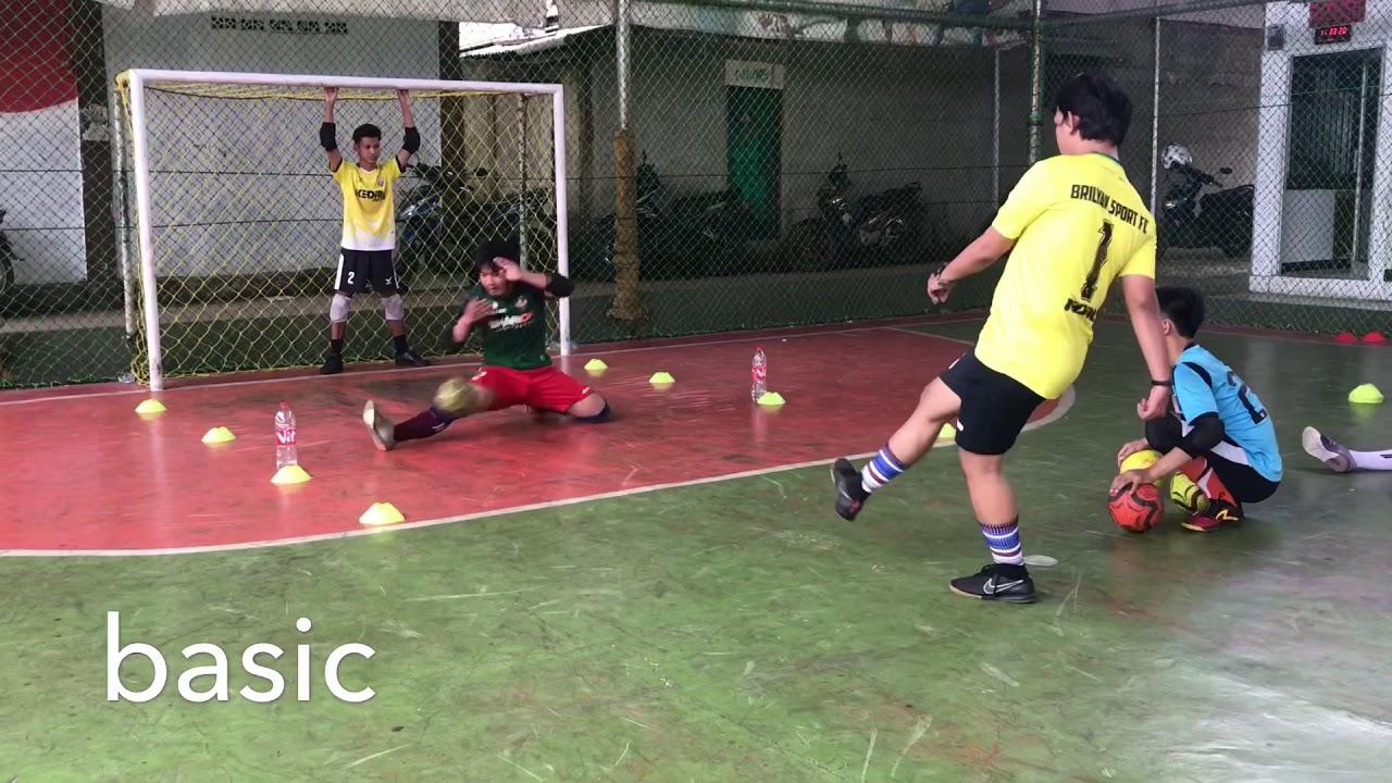 Oh Begini Cara Latihan Splite Seorang Kiper Futsal Latihan Kiper Futsal Youtube