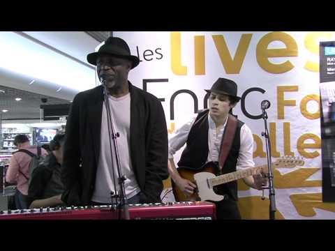 """Showcase - Ray Lema pour son nouvel album """"99"""" à la Fnac Forum des Halles"""