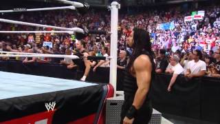 WWE RAW- Big Show Returns And Helps RVD and Mark Henry 12/08/13 *HD*
