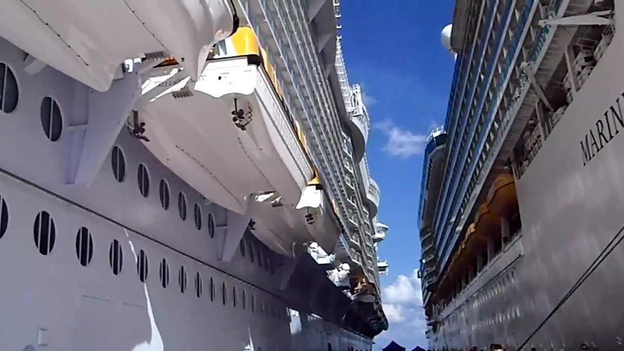 Mega Cruise Ships ** || Oasis of the Seas vs. Mariner of ... Oasis Of The Seas Comparison