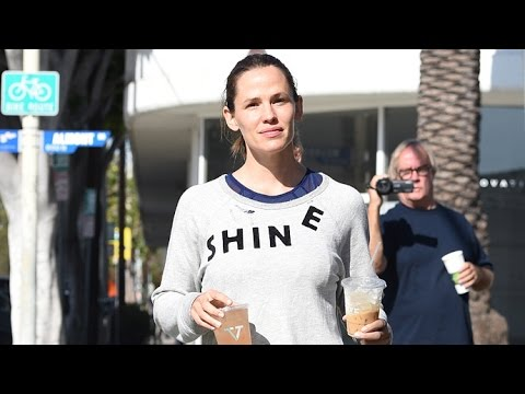 Jennifer Garner 'Shines' After Her Morning Workout