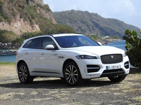 essai vid o exclusif jaguar f pace 300ch 2017 martinique. Black Bedroom Furniture Sets. Home Design Ideas