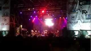 Occhi di Gatto Sigla Live @LuccaComics2012