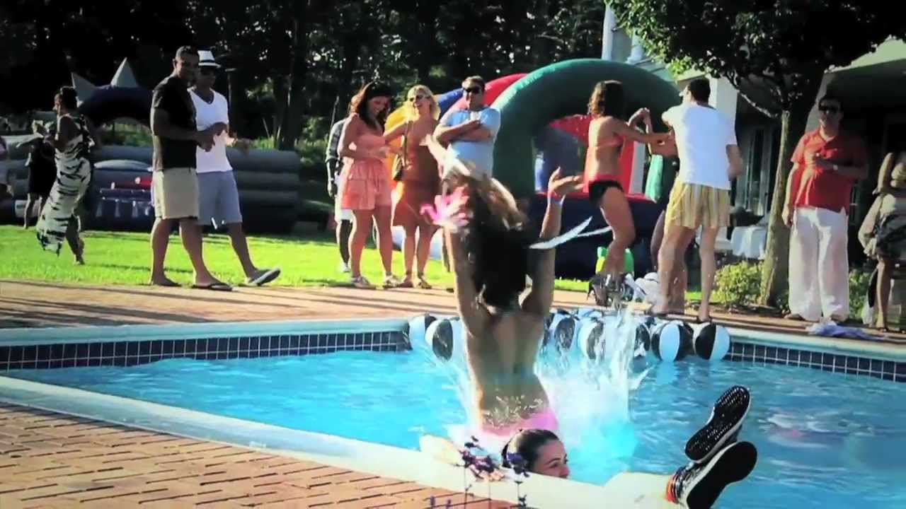 Teen wild girls pool party view porn