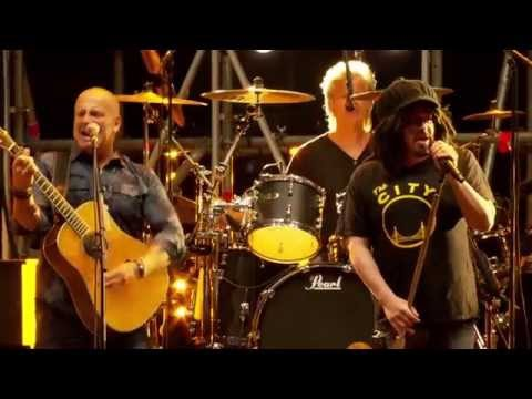BLØF & Counting Crows - There Is A Light That Never Goes Out (Live op Concert at SEA 2015)