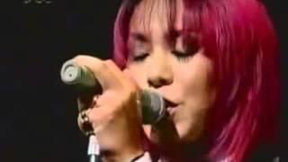 Gran canción del grupo Vizual Kei SHAZNA.