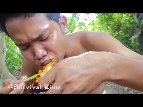Yummy Pork Recipe | Cooking Curry Pork in Forest Eating Delicious