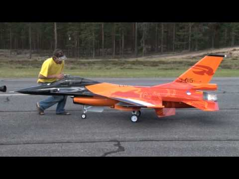 rc-turbine-jet-f-16-scale-1:4