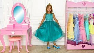 صوفيا وفيديوهات مضحكة عن الأميرات والألعاب للفتيات