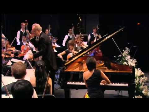 Yuja Wang: Rachmaninov Piano Concerto - 2 - 2nd Movement