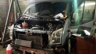 поменяли двигатель от Форда дизельный на тоетовский бензиновый