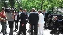 Gauck gestolpert   Bundespräsident Gauck