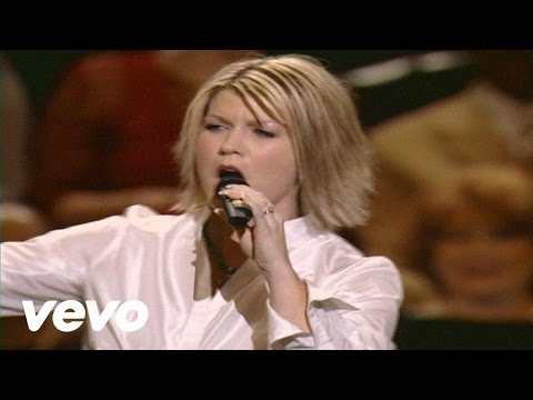 Natalie Grant - I Am Not Alone [Live]