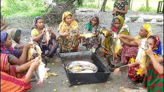 15 Mirror Carp Fish Cutting & Fish Curry Cooking By Women For Whole Village Peoples