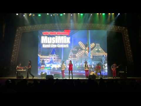 Lotte World Adventure Philippines group Sound Garden Stage Live Concert Musimix
