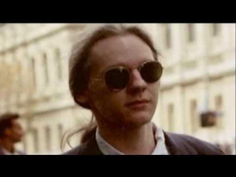 Julian Assange controlled opposition
