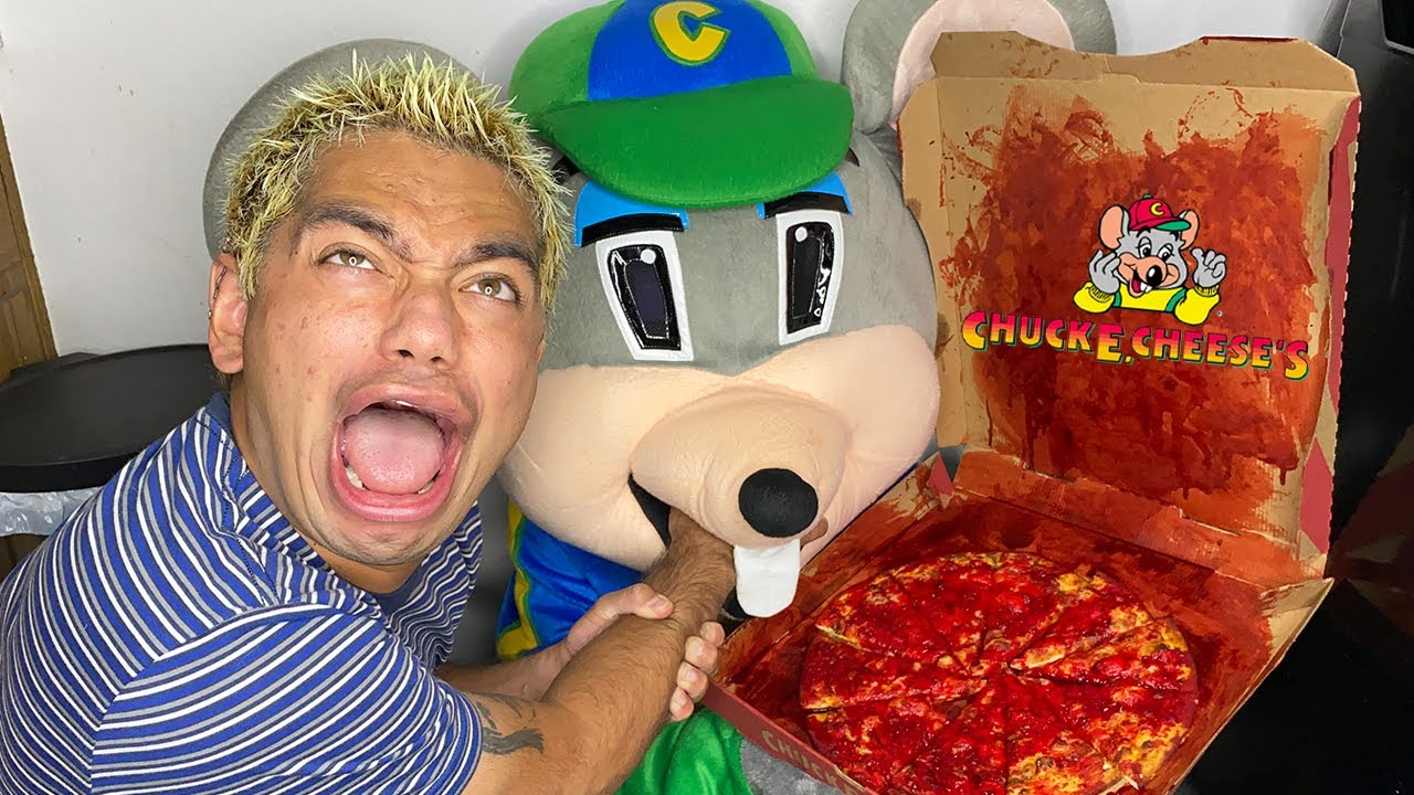 Download DO NOT ORDER CHUCK E CHEESE PIZZA AT 3AM!! (HE CAME AFTER US!!)
