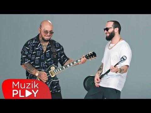 Berkay \u0026 Tepki - Deli Et Beni (Official Video) indir
