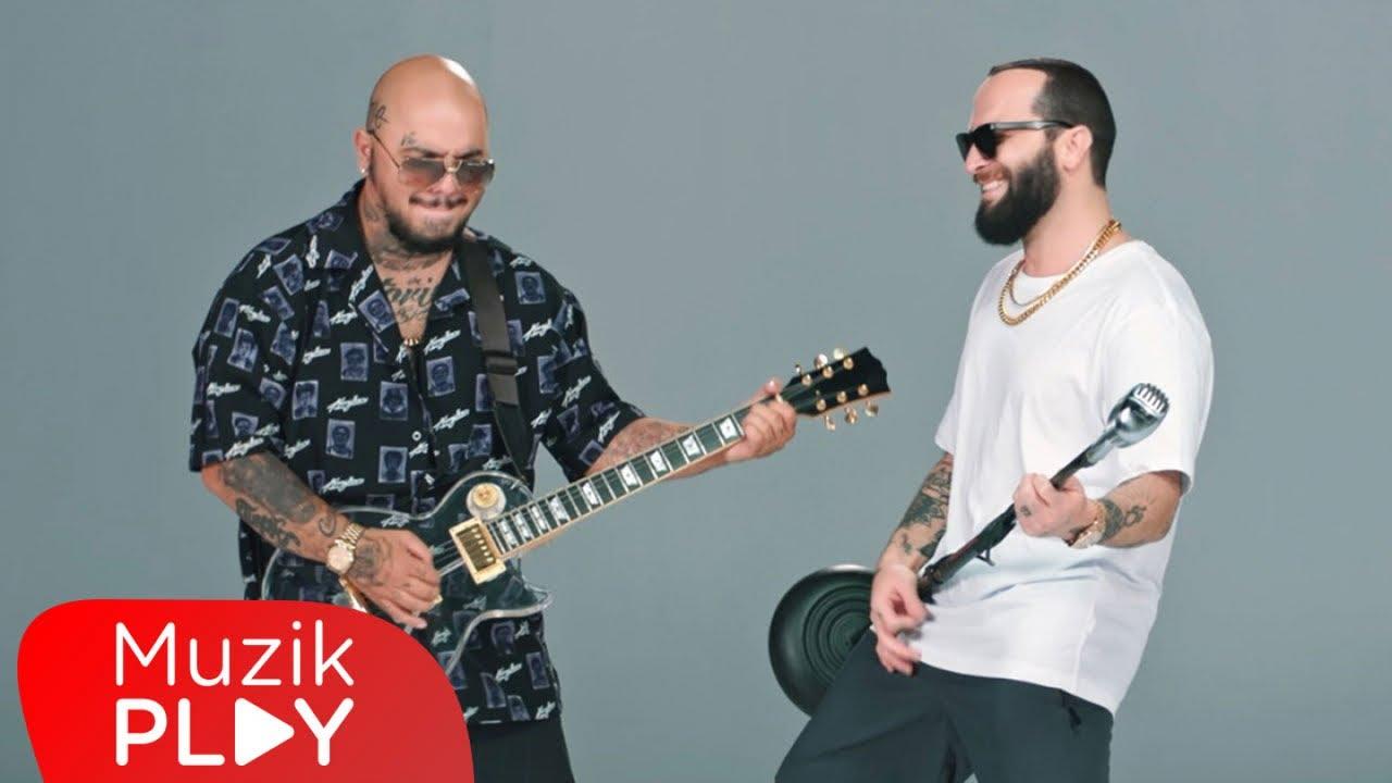 Berkay & Tepki - Deli Et Beni (Official Video)