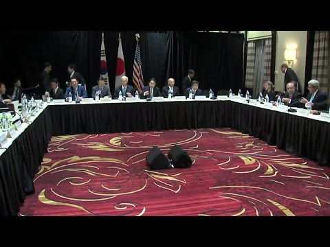Secretary Kerry Attends Trilateral Ministerial with Republic of Korea and Japan