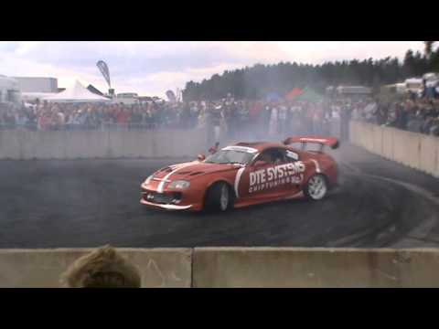 Gatebil Mantorp 2011 Burnoutshow Lördag inkl. Krasch