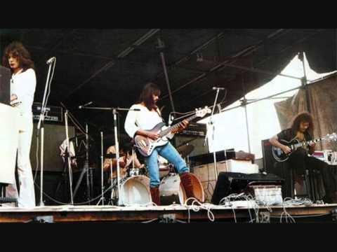 King Crimson - 04 - Sailors Tale ( Live In Wolverhampton September 10 , 1971 )