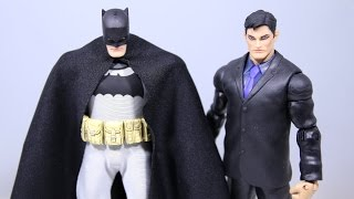 Mezco Batman and Bruce Wayne Modifications Figure Review