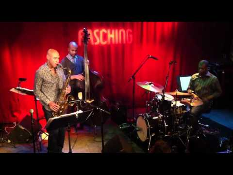 Joshua Redman goes ballistic at jazzclub Fasching, Stockholm