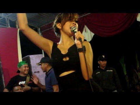 XENA XENITA - ADA AKU DI SINI - DJ.ANGGA FT NIKO KENDANG - BUSER DANGDUT PARTY #13