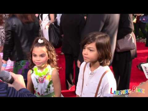 Jungle Book Red Carpet -  Ariana Greenblat and Malachi Barton