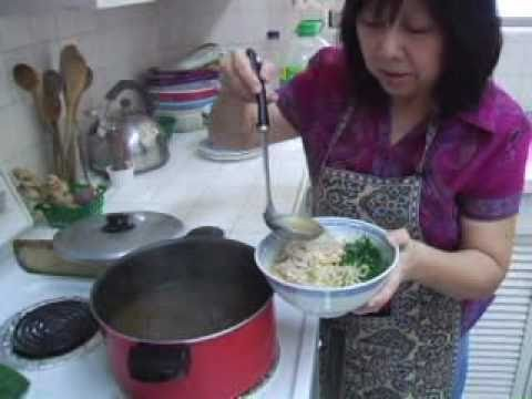 Recipe for Ipoh Kway Teow Soup from Ipoh, Perak, Malaysia, by Patti Heong