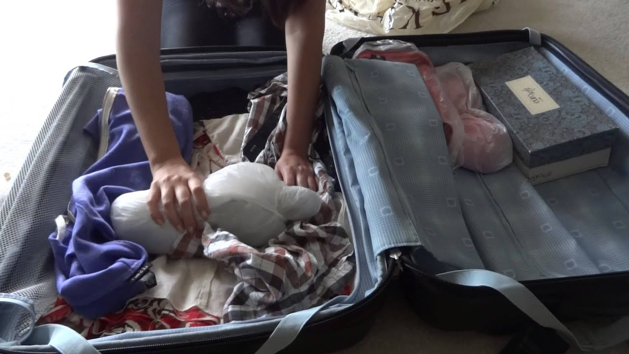 How to save a suitcase during the flight