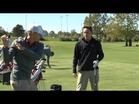 BELL MAKES HOMECOMING VISIT TO OKLAHOMA, GETS GOLF TIPS FROM NCAA CHAMPS