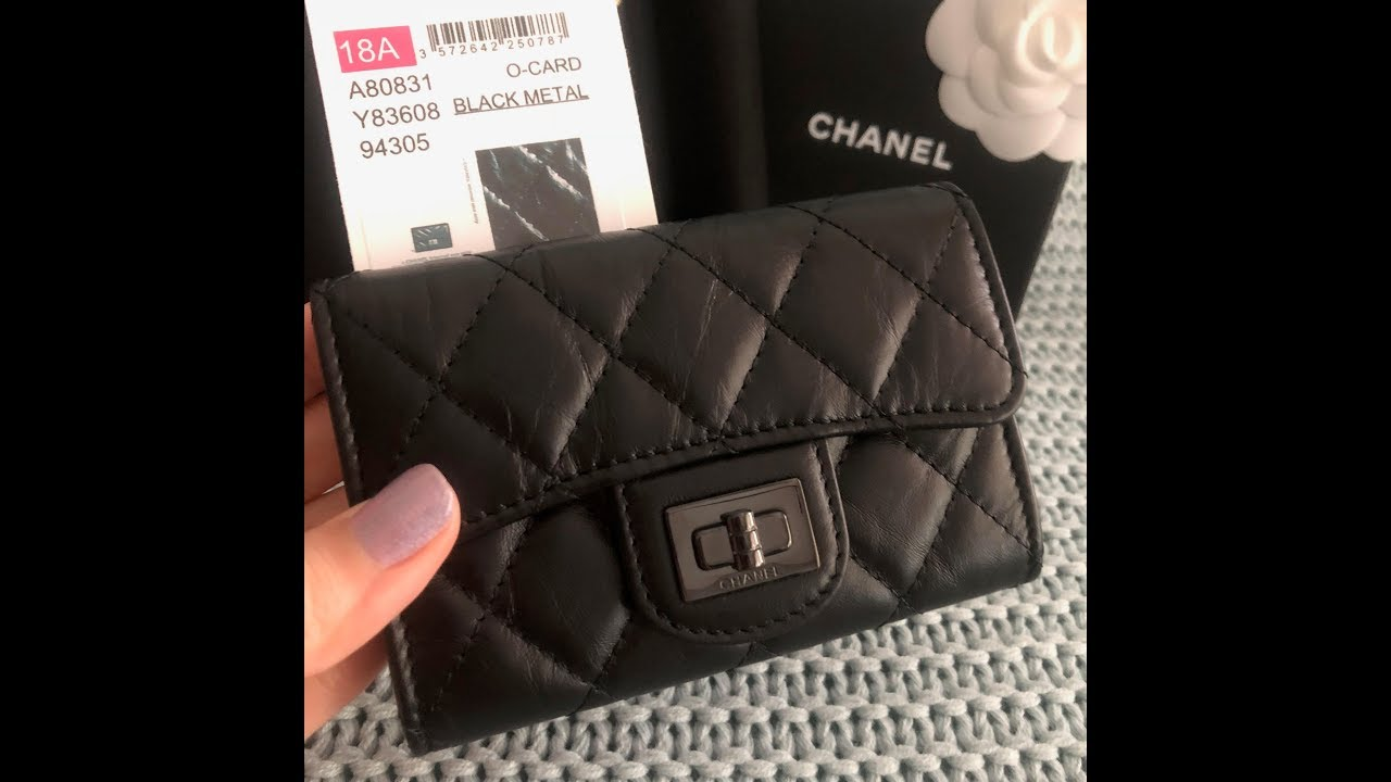 daaa9c4dfb7c Unboxing my Chanel 18A So Black Reissue Cardholder and Dangling Pearl  Earrings