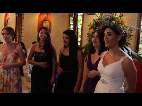 Sorpresa - Esposa canta