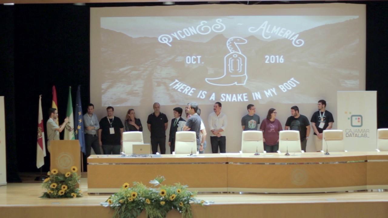 Image from Clausura y entrega de premios Cajamar PythonHack 2016