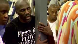 Floyd Mayweather Jr. vs Oscar De La Hoya 24/7 #Ep 1