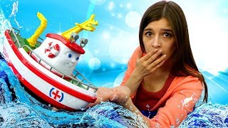 Кораблики в ToyClub. Элаяс строит дамбу - Приключения игрушек. Мультики для детей