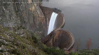 Barragem de Santa Luzia descarga de topo