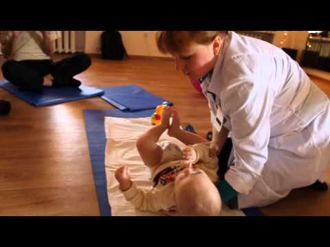 детский массаж 3 4 месяца - Смотреть сериал онлайн бесплатно