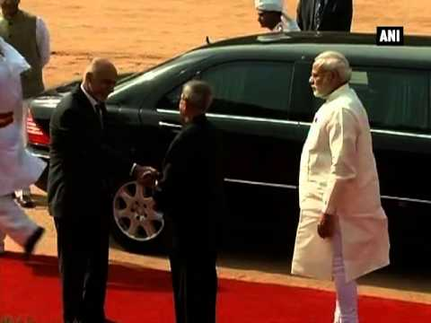 Afghanistan President Ghani pays homage at Rajghat