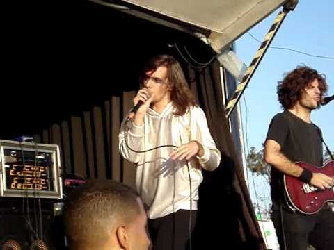 Closure In Moscow -Warped Tour 2010-