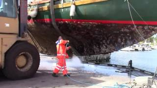 3 - Up for Maintenance. Pt. 2. Hose the hull with a high pressure cleaner. 36