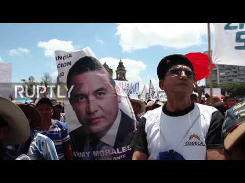 Guatemala: Thousands flood streets of capital calling for President Morales' resignation