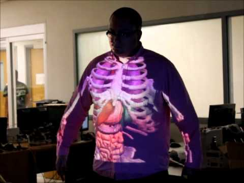 Augmented Reality Anatomy Quiz with Skeletal Structure