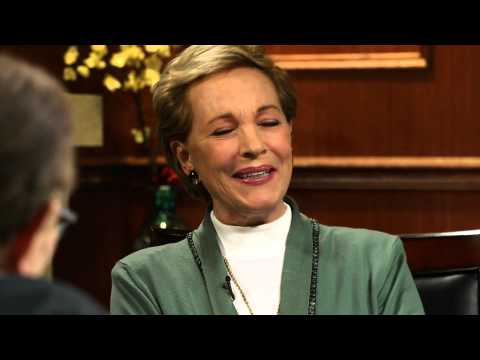Julie Andrews Talks About Carrie Underwood and