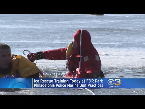 Philadelphia Police Department's Marine Team Trains For Frozen Rescues