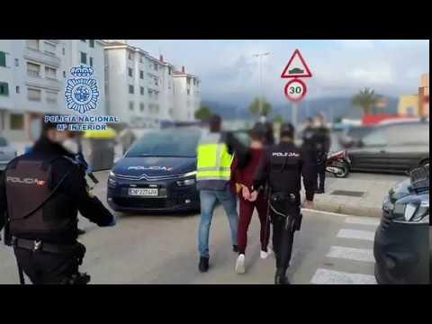 Detienen a tres miembros de un grupo de Whatsapp algecireño creado para agredir a la Policía